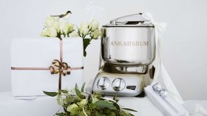 Foodism – Win an Ankarsrum Assistent Original stand mixer in matte black