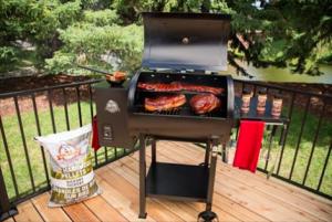 Pit Boss Grills – Win a Pit Boss 700D grill