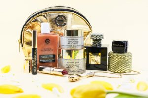 Elizabeth Grant International – Win a prize pack for mom