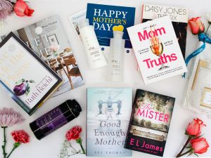 Penguin Random House Canada – Win a prize pack for mom