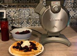 PT Best Buy Canada – Win a Cuisinart Vertical Waffle Make