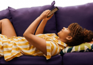 WhatsYourTech  – Win a Kobo Nia 6″ eReader and Sleep Cover