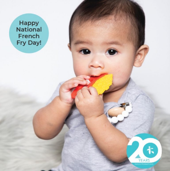 Oyaco Giveaway – Win a Glitter and Spice French Fry Teether
