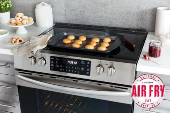 Frigidaire Giveaway – Win a $100 President's Choice Gift Card