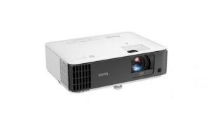 Win a BenQ 4K Gaming projector from Best Buy Canada –